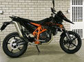 KTM 690 SM new right