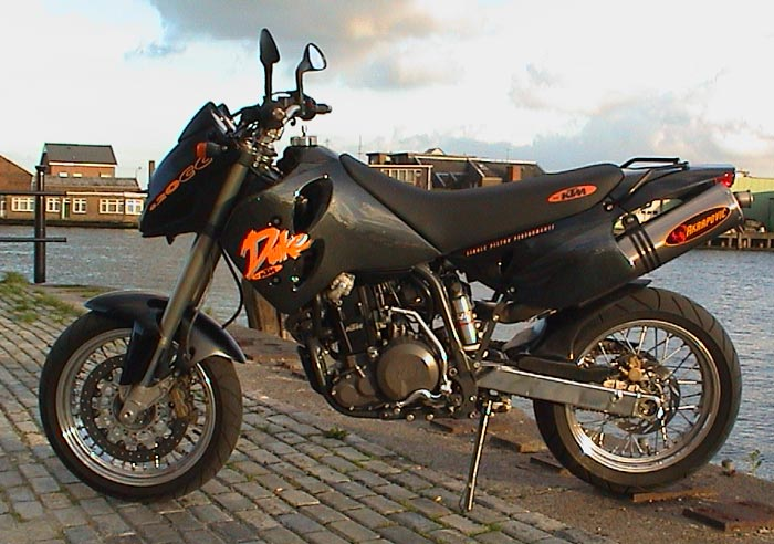 KTM 640 Duke Black Edition