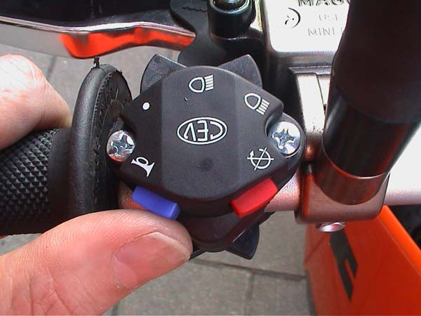 KTM 660 SMC Horn switch