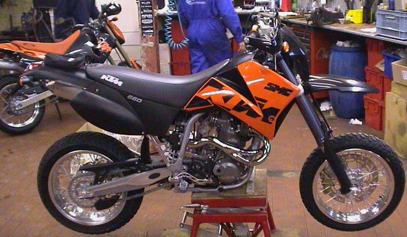 KTM 660 SMC Black