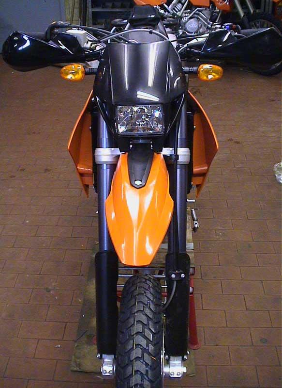 KTM 660 Front close